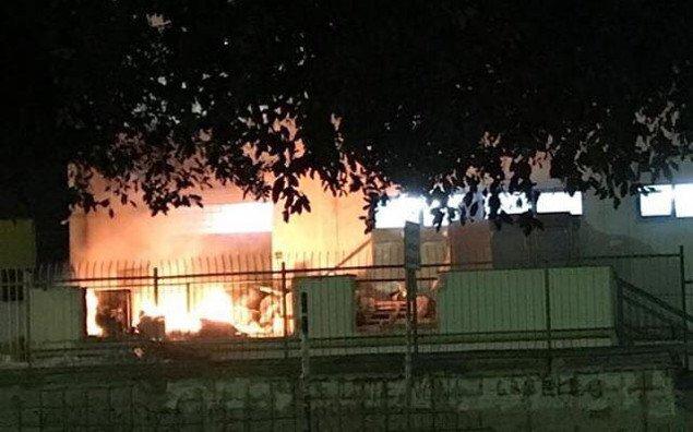 Incendio a Unipa, pompieri sul posto