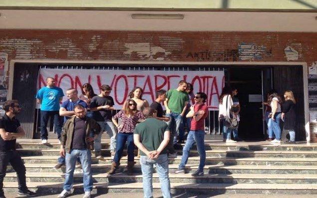 protesta contro elezioni consiglio nazionale